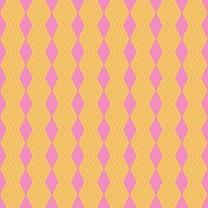 JP26 - Tiniy - Harlequin Pinstripe Diamond Chains in  Golden Yellow and  Pink