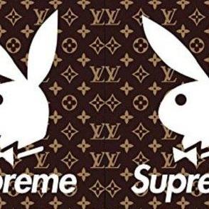 Supreme Playboy