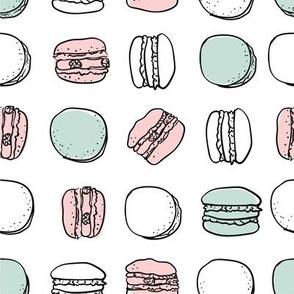 French macarons stylish seamless pattern
