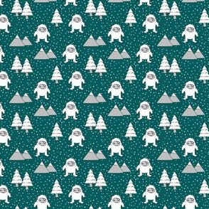 (extra small scale) Yetti - trees mountains with snow  C19BS