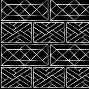 Chippendale Railings White on Black