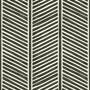 organic chevron - dark green - feather - LAD19