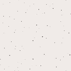 Speckled Clay // White Alyssum Beige