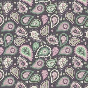 Soft romatic paisleys I small