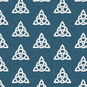 triquetra - trinity knot 2 - blue - LAD19
