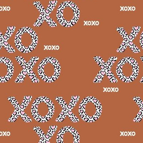 Sweet love and kisses leopard animal print xoxo text design valentines day rust copper pink