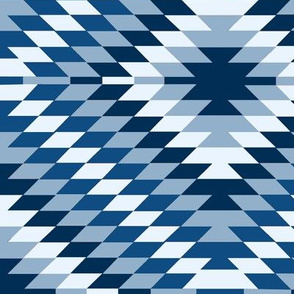 Kilim Eye in Classic Blue