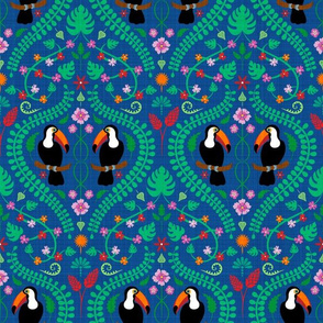 Toucan (on blue) (small)