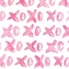 XO { pink }