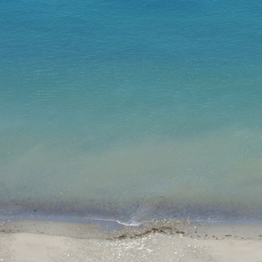 Pastel Green Pacific Ocean Gradient