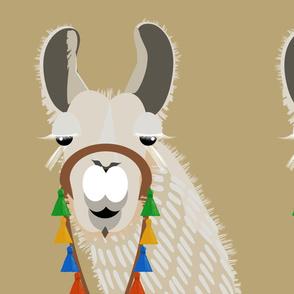llama - hike _ pack 2