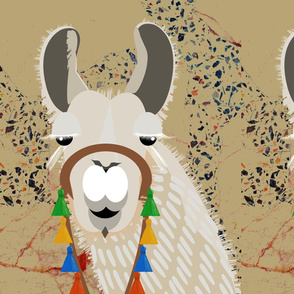 llama - hike _ pack 3