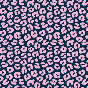 Chunky fat leopard print animals fur modern Scandinavian style raw brush  abstract trend pink blue navy