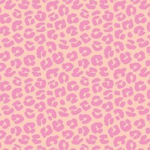 Chunky fat leopard print animals fur modern Scandinavian style raw brush  abstract trend pale peach apricot pink girls