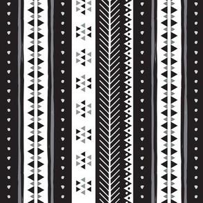 Geometric Rows Greyscale
