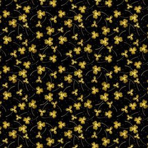 clover tiny dark yellow