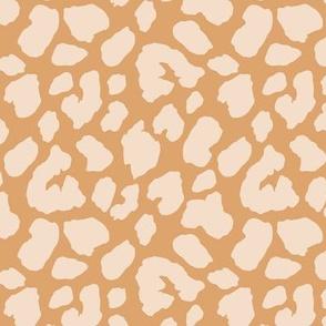 Leopard: Tan