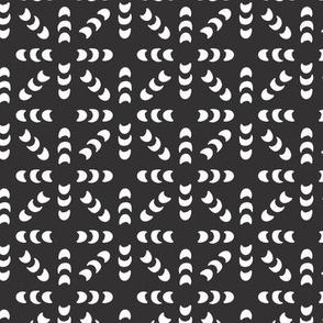 crescent geo // black and white