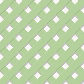 Trelliage SOFT GREEN DIAGONAL TRELLIS