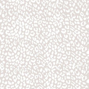 "8"" Grey and White Cheetah Print"