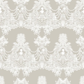 Constance Hatchaway Ivory Lace