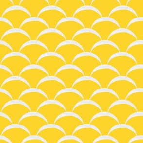 fish scales scallop - yellow