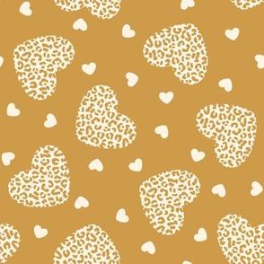 2 Color Leopard Print Hearts: Cream on Gold