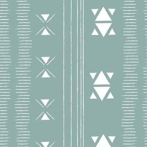 Triagonal Crossways in Blue Surf_md