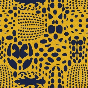 Normal scale // Bug shield // yellow background oxford blue beetle spots