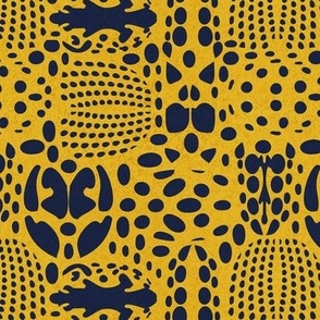 Small scale // Bug shield // yellow background oxford blue beetle spots