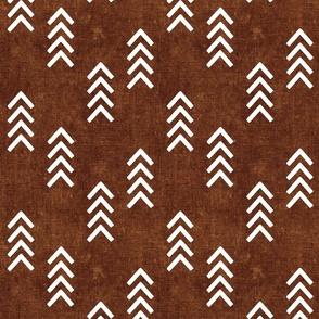 (med scale) arrows - brown bronze rust -  C21