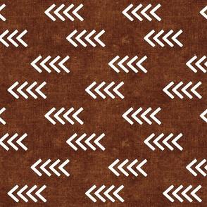(med scale) arrows - brown bronze rust -  (90) C21