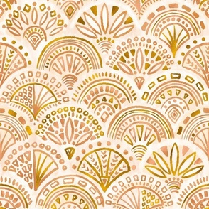 Seashell Geometry in Nude And Gold