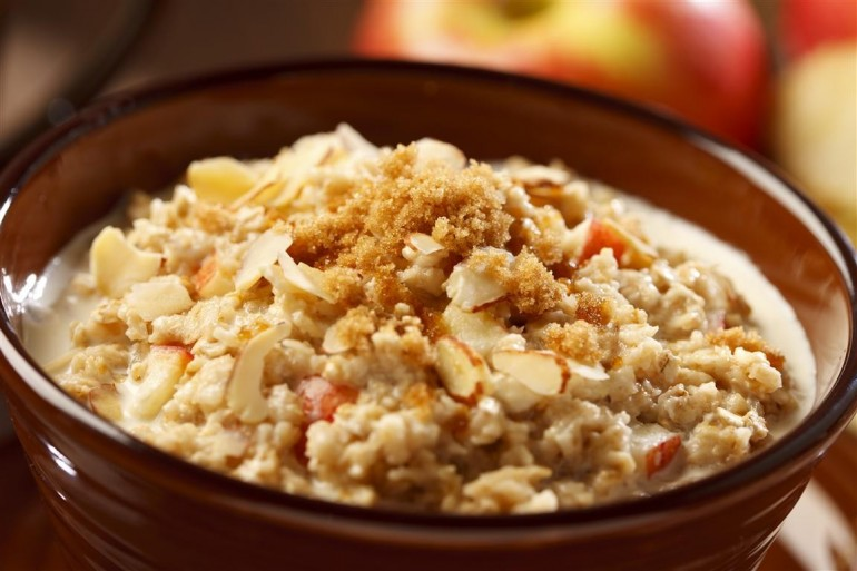 5 Ways to Vamp Up Instant Oatmeal