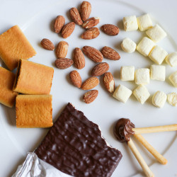 10 Everyday Snacks That Pair Weirdly Well With Coffee