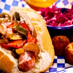 19 Top LA Spots from Diners, Drive-Ins and Dives
