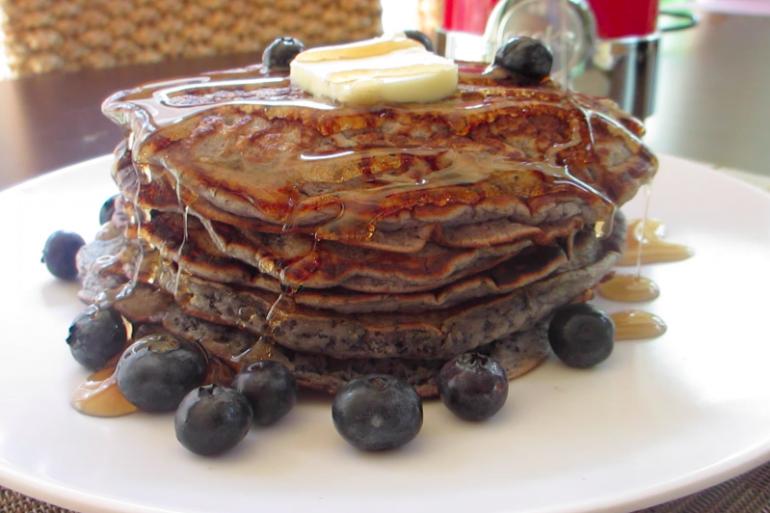 Secret-Ingredient Blueberry Pancakes