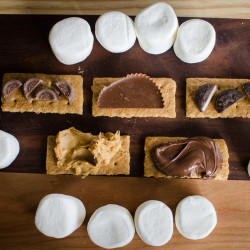 How to Host the Ultimate Unconventional S'mores Party