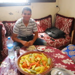 8 Do's and Don'ts of Eating With a Moroccan Host Family