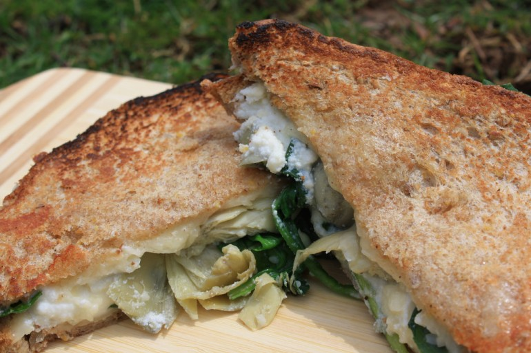 17 epic ways to amp up your grilled cheese game | Voices From Campus ...