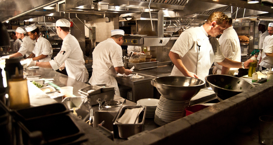 Restaurant Kitchen Staff why it takes so long to get your food at restaurants