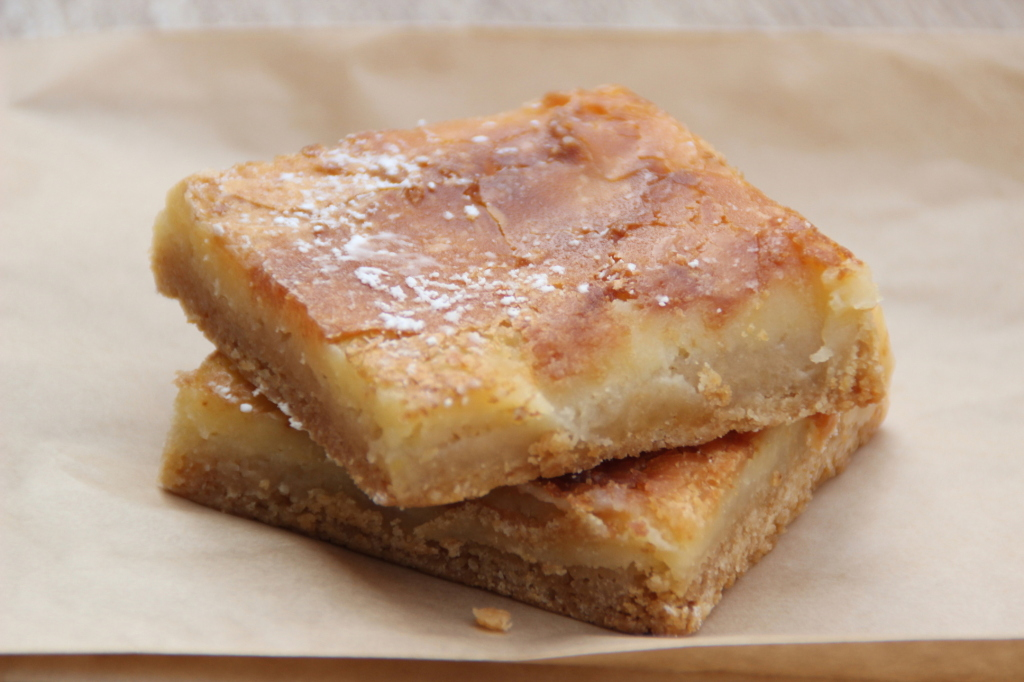 Gooey butter bar