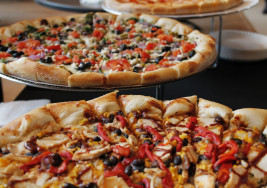 Where to Find the Best NYC Style Pizza in STL