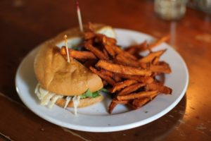 The Ultimate Student Guide to Eating and Drinking at TCU
