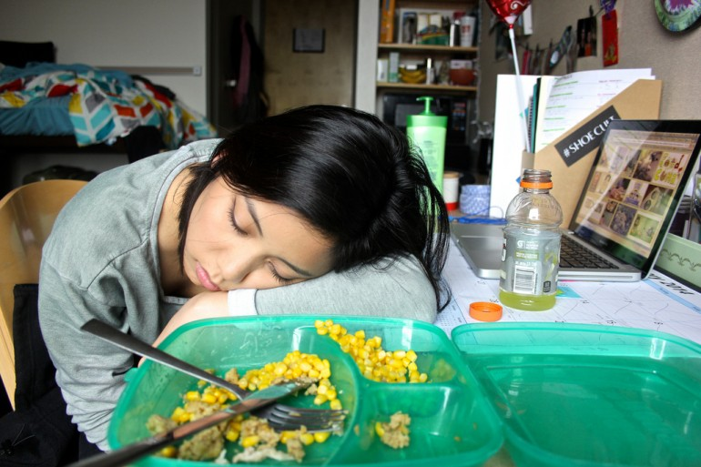 10 Stages of a Food Coma