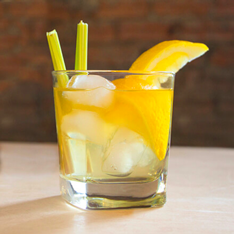 15 Fun and Easy Cocktails You Can Make Using Jack Daniels