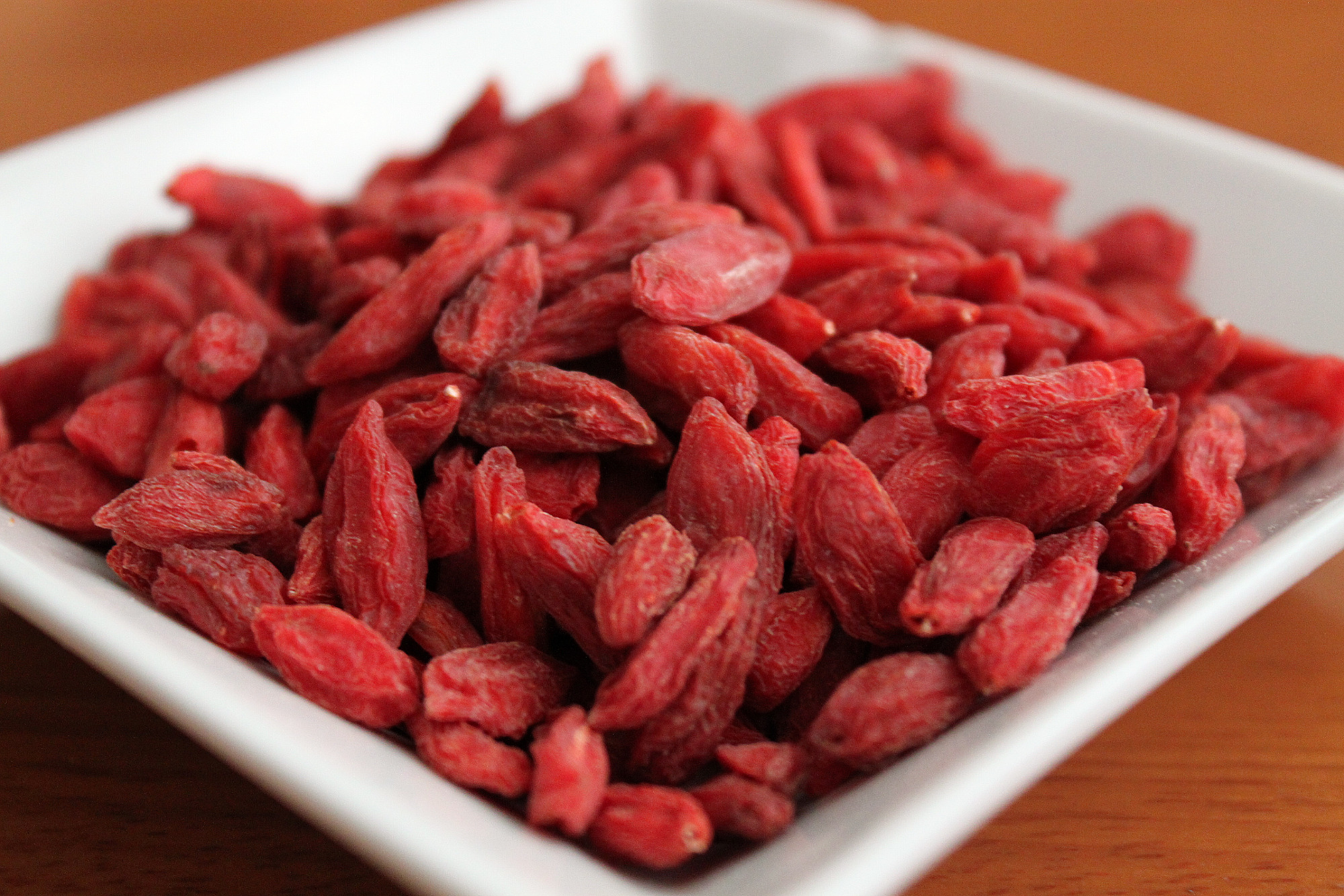 5 reasons you should eat goji berries every day one. Black Bedroom Furniture Sets. Home Design Ideas