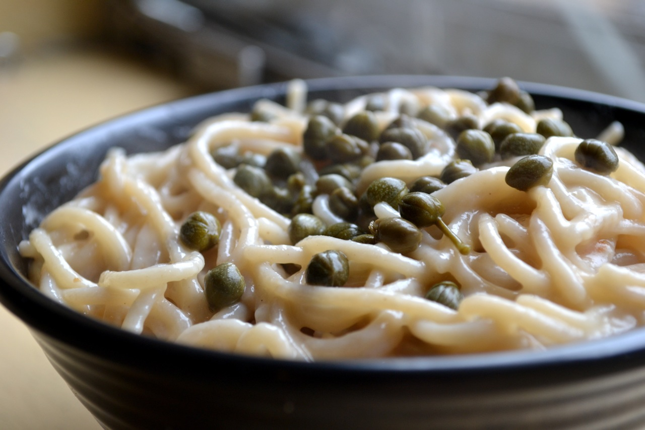 how to make a simple butter sauce for pasta