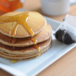 4-Ingredient Chai Pancakes