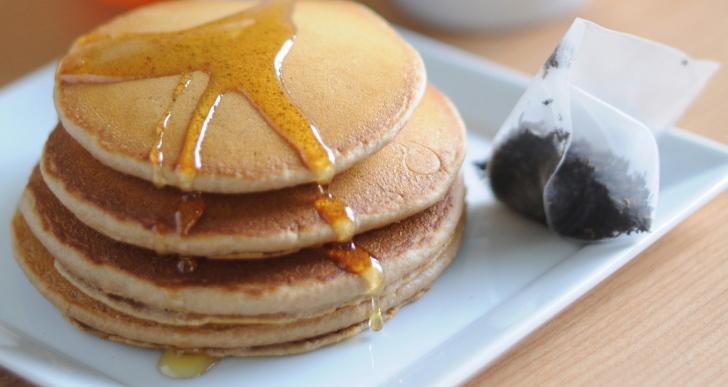 4-Ingredient Chai Pancakes